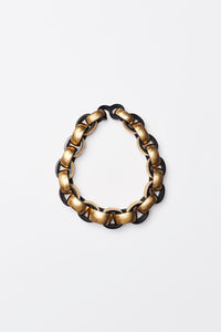 Necklace in polyester and gold foil