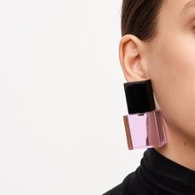 Load image into Gallery viewer, Earclips in purple and black polyester