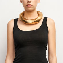 Load image into Gallery viewer, Katherine necklace in acacia and gold foil