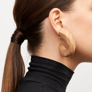 Rebecca earrings in acacia