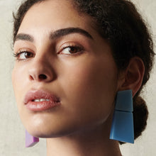 Load image into Gallery viewer, Lecce earclips in polyester