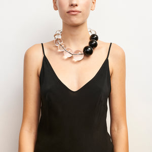 Como necklace in polyester, acrylic and leather