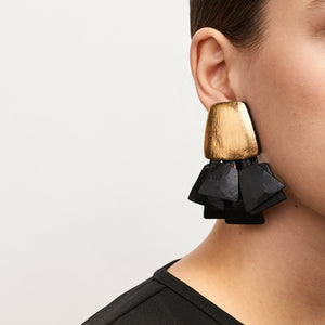 Prato earclips in acacia, goldfoil and leather