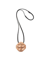 Load image into Gallery viewer, Brindisi pendant in acacia and leather
