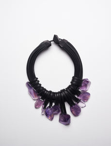 Necklace in amethyst