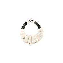 Load image into Gallery viewer, Necklace in white bone