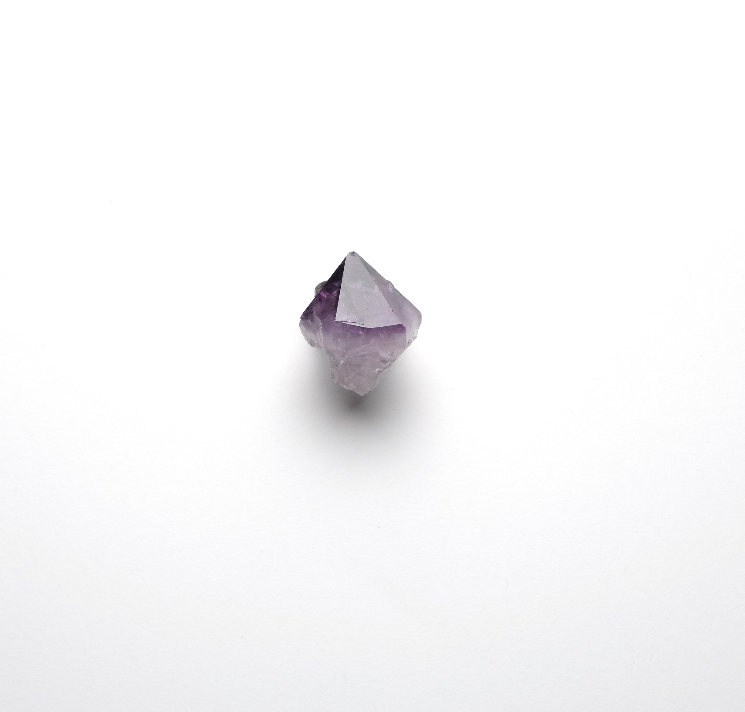 Ring in amethyst and leather