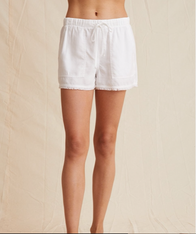 Frayed Pocket Short White