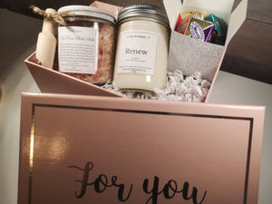 Mothers day luxury spa gift set with chocolates