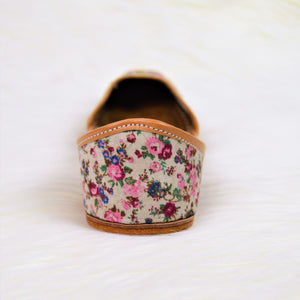 Floral Bliss - Pearl White Jutti with floral design in Pink