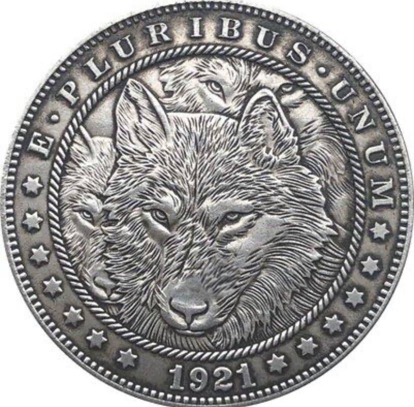 1921 The Wolves Pack Silver Coin - SculpturalArt