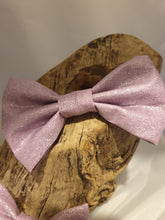 Load image into Gallery viewer, Lilac Glitter Bow