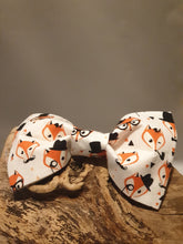 Load image into Gallery viewer, White Fox Bow Tie