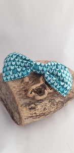 Aqua Waves Bow