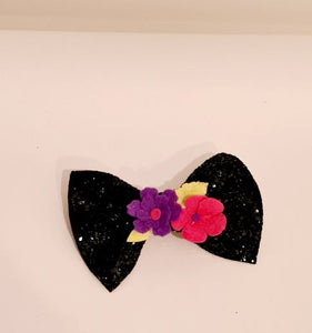 The Glitter Pinch Bow - various