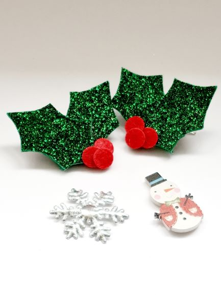The Holly Glitter Bow Hair Clip