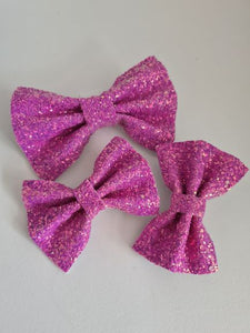 The Pinch Bow Hair Clip