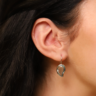 TI SENTO - Milano Earrings 7793WB in use
