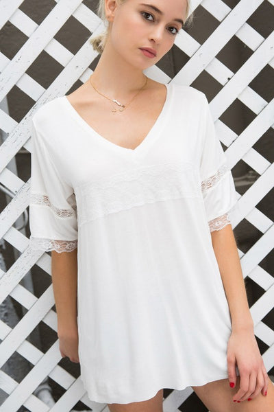 Short Sleeve Knit Top with Lace Trim