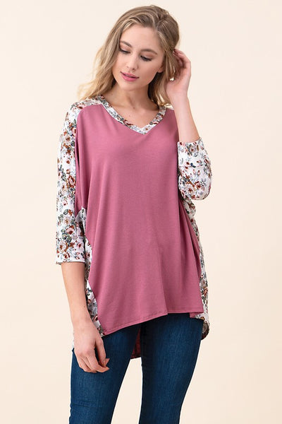 Floral print contrast with v-neck dolman sleeve knit tunic