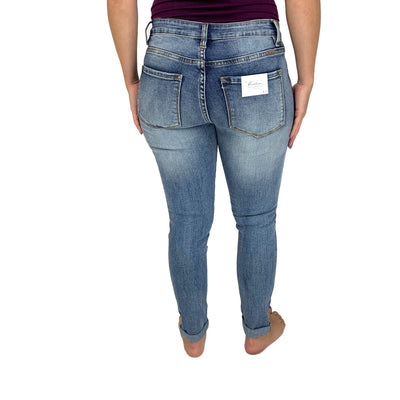Kan Can 4 Button Distressed Jean