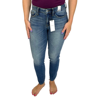 Judy Blue Handsand Relaxed Mid-Rise Jeans