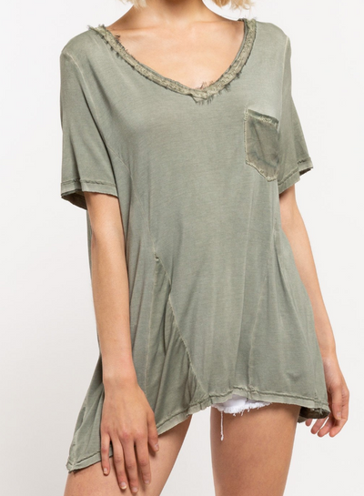 Feather V-Neck Short Sleeve Top