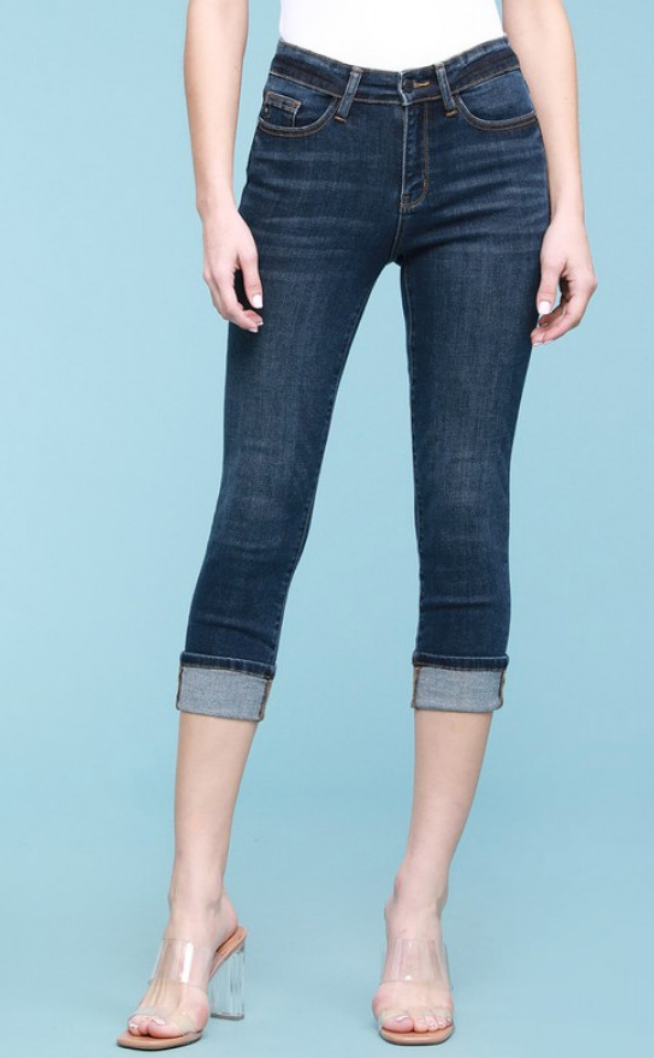 Judy Blue Non-Distressed Cuffed Capri Jeans