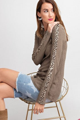 Animal Contrast Tape Detailing Rib Knit Top