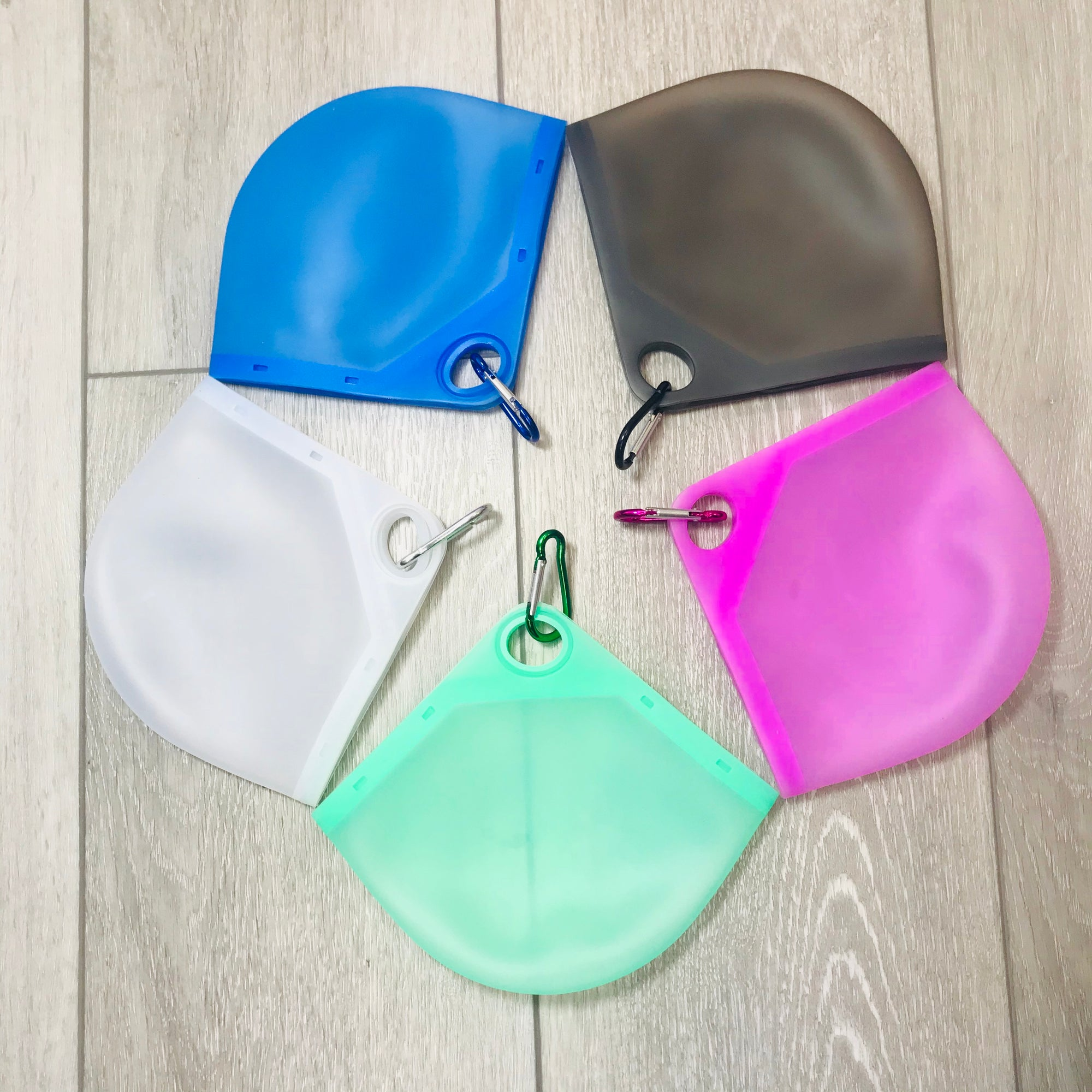Silicone Case with matching Carabiner Clip