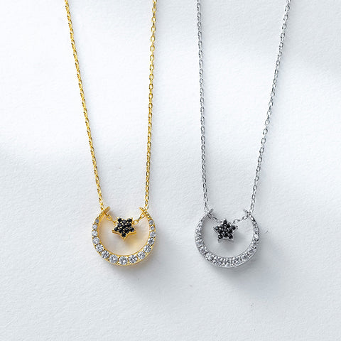 Moon Star Shining Necklace Gold