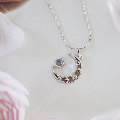 Moonstone Necklace Silver