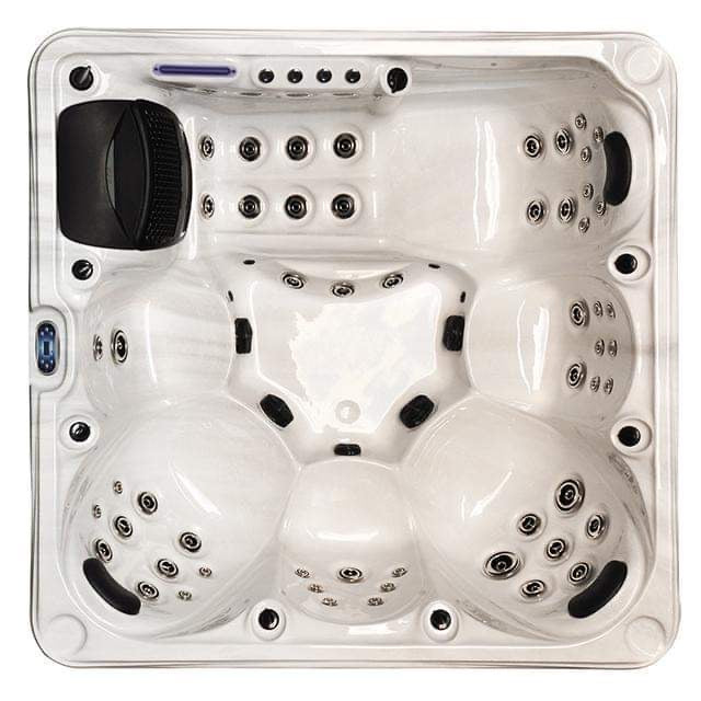Margaery Hot Tub Spa 3 Pumps 1 Lounger 5 Seats Bluetooth Stereo Call to order: 07809107843