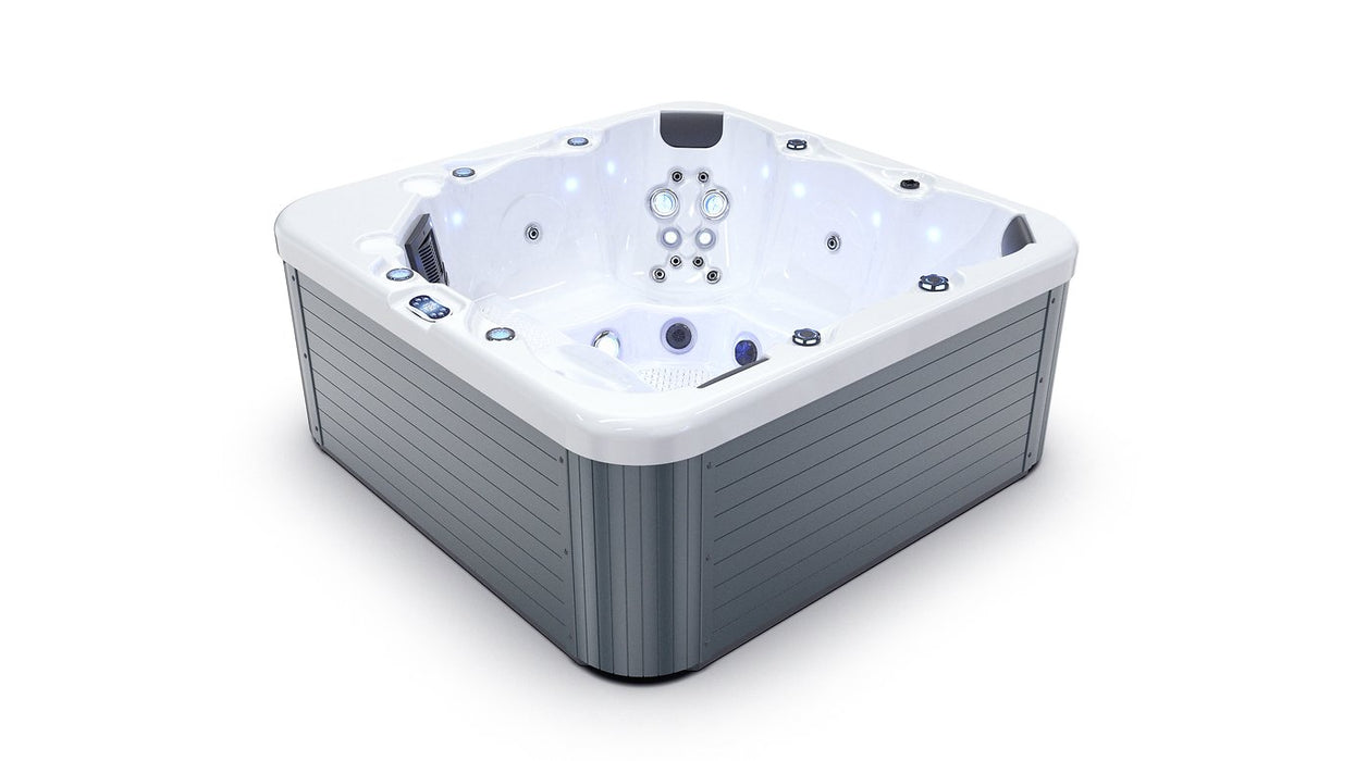 Jon Single Hot Tub Spa Bluetooth Stereo - 1 Lounger 5 Seats Call to order: 07809107843