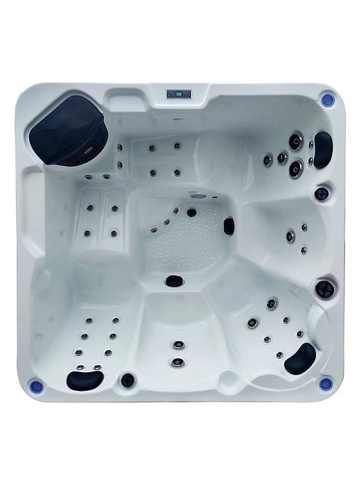 Ohio Hot Tub Spa 2 Loungers 3 Seats Call to order: 07809107843