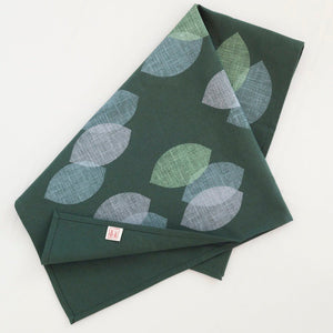 LEAVES TEATOWEL