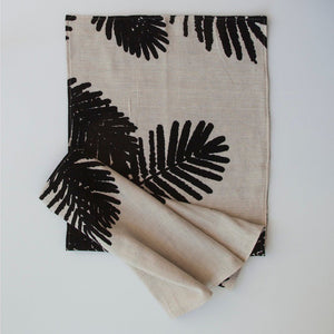 7 INDIAN TREES TABLE RUNNER