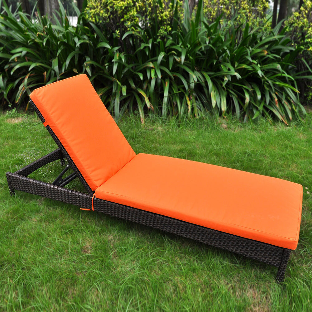 Outdoor Reclining Chaise Lounge Chair / Rattan Wicker Lounger / Sun lounger