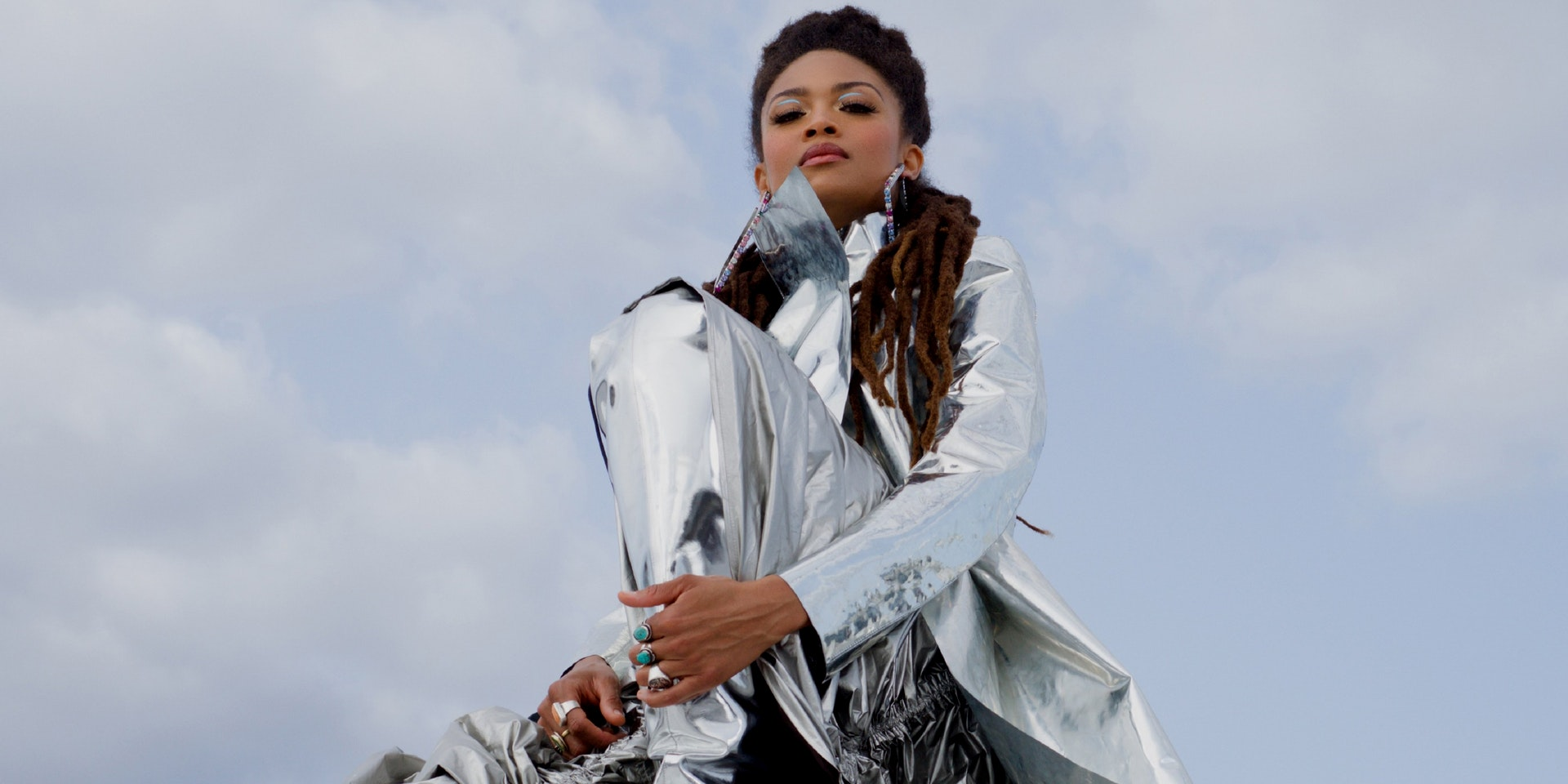 Valerie June Wants To Heal The World