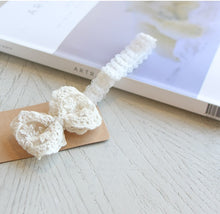 Load image into Gallery viewer, Elysee Baby Headband (Handmade in Korea)