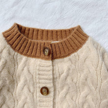Load image into Gallery viewer, Knitted Cardigan (1-7yrs old)