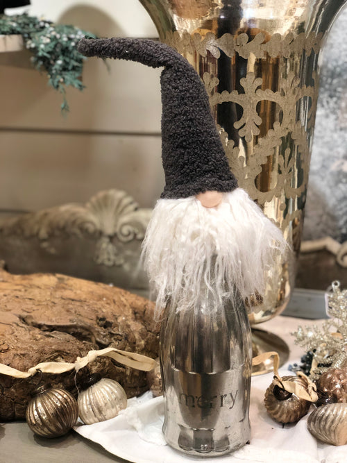 Gnome Bottle Topper w/ Grey Hat