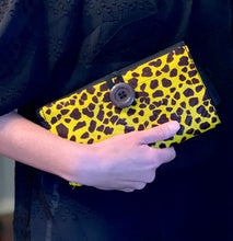 Load image into Gallery viewer, Cheka Mama's Button Clutch/Bag