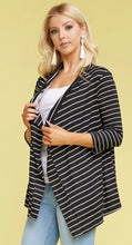 Load image into Gallery viewer, Striped 3/4 Sleeve Cardi