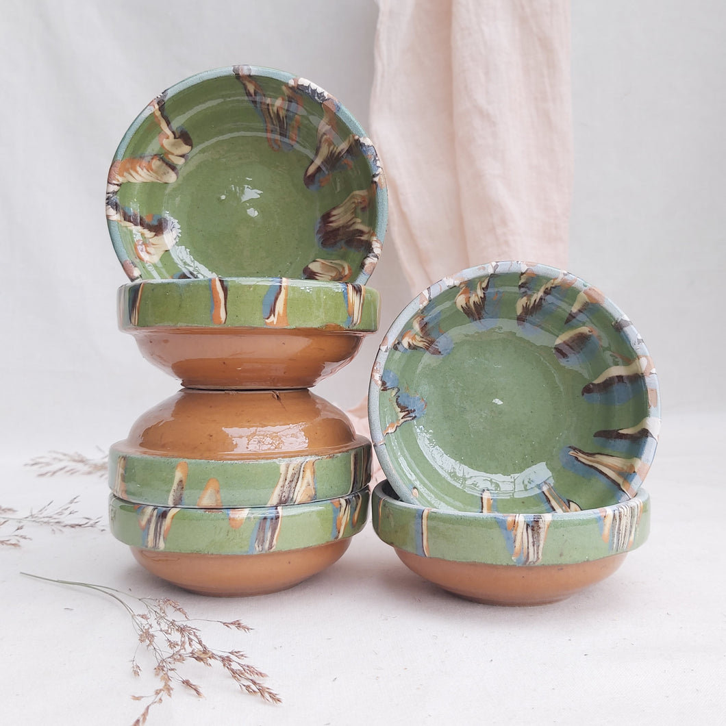 Handmade Romanian pottery for Casa de Folklore