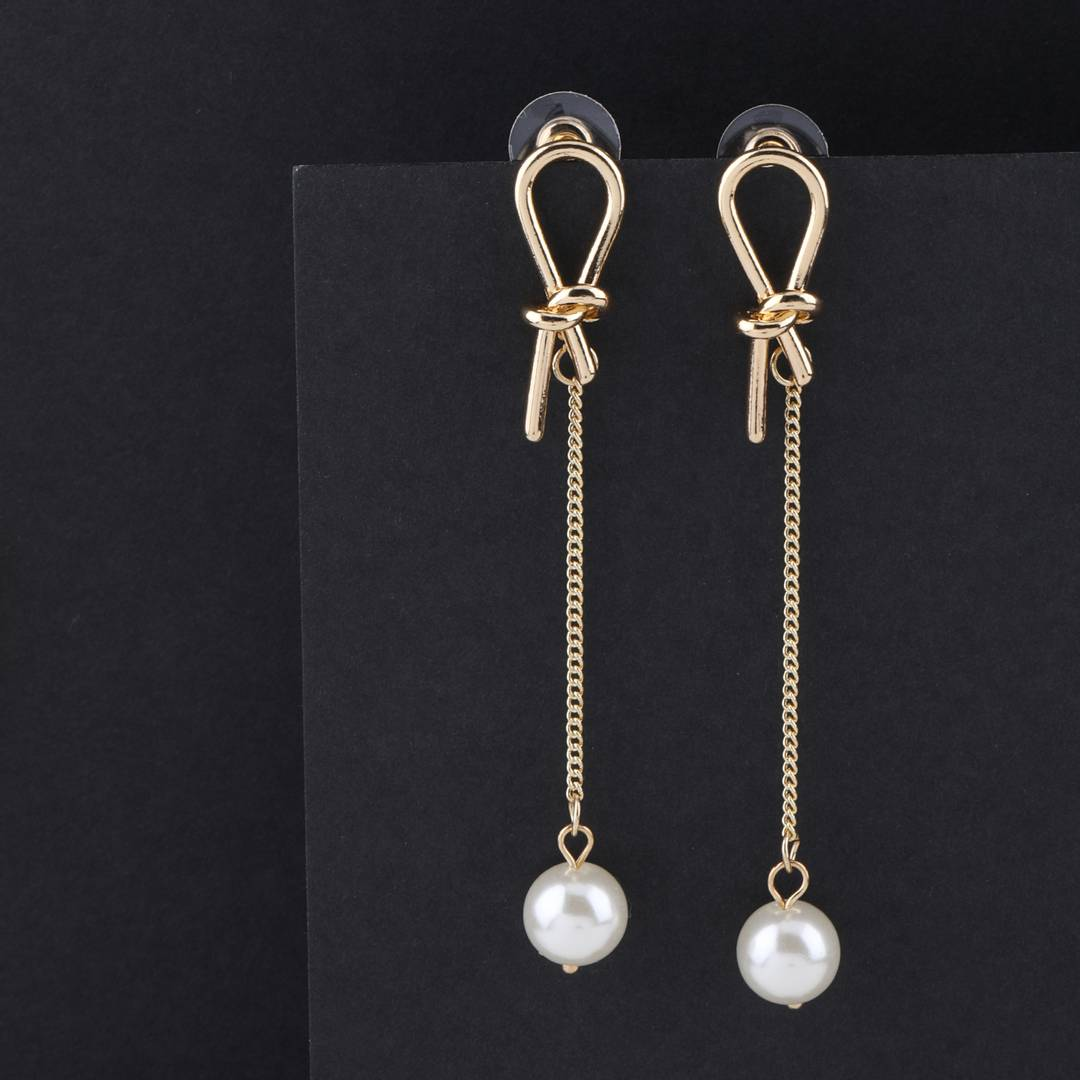 Exclusive Charm Dangle Earring For Women