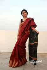 Load image into Gallery viewer, Temple Border Liva Saree