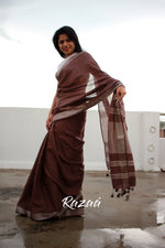 Load image into Gallery viewer, Chocolate Brown Mul Cotton Liva Saree
