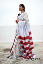 Load image into Gallery viewer, Off White Ikat Liva Saree