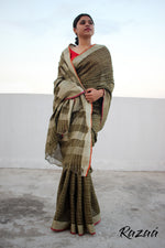 Load image into Gallery viewer, Desert Olive Linen Checks Saree